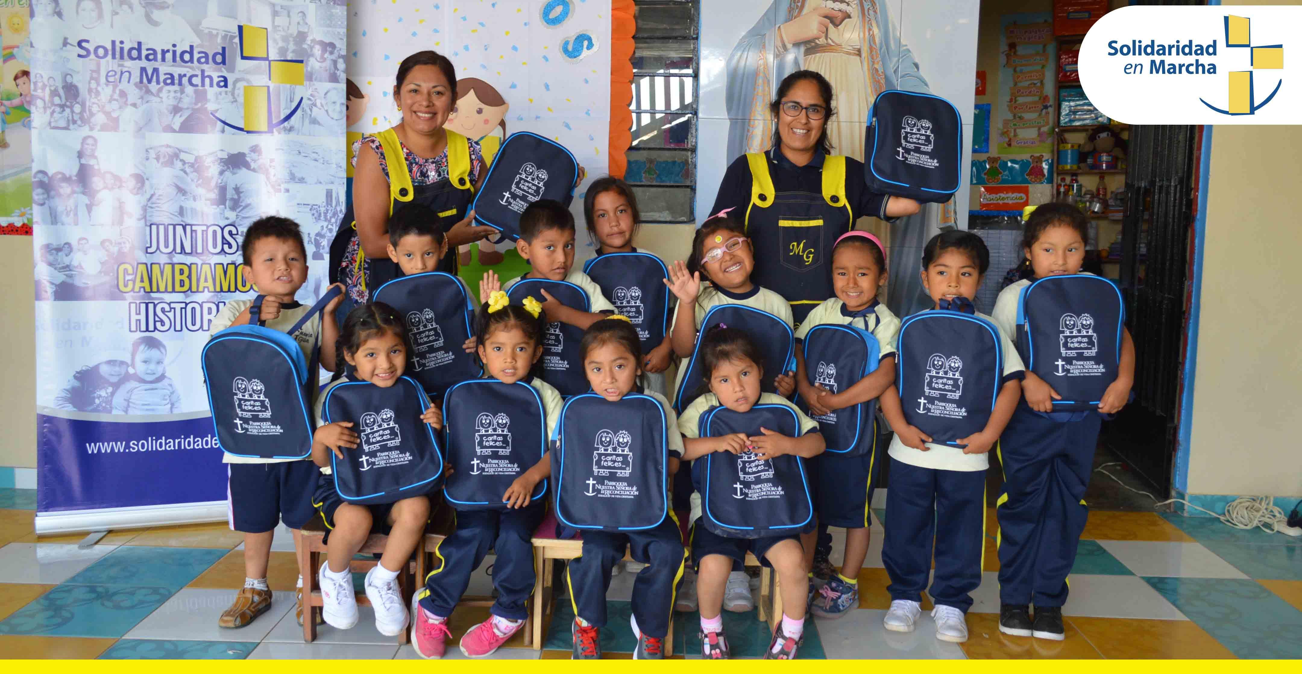 Nidos Solidarios reciben donación de mochilas y útiles escolares