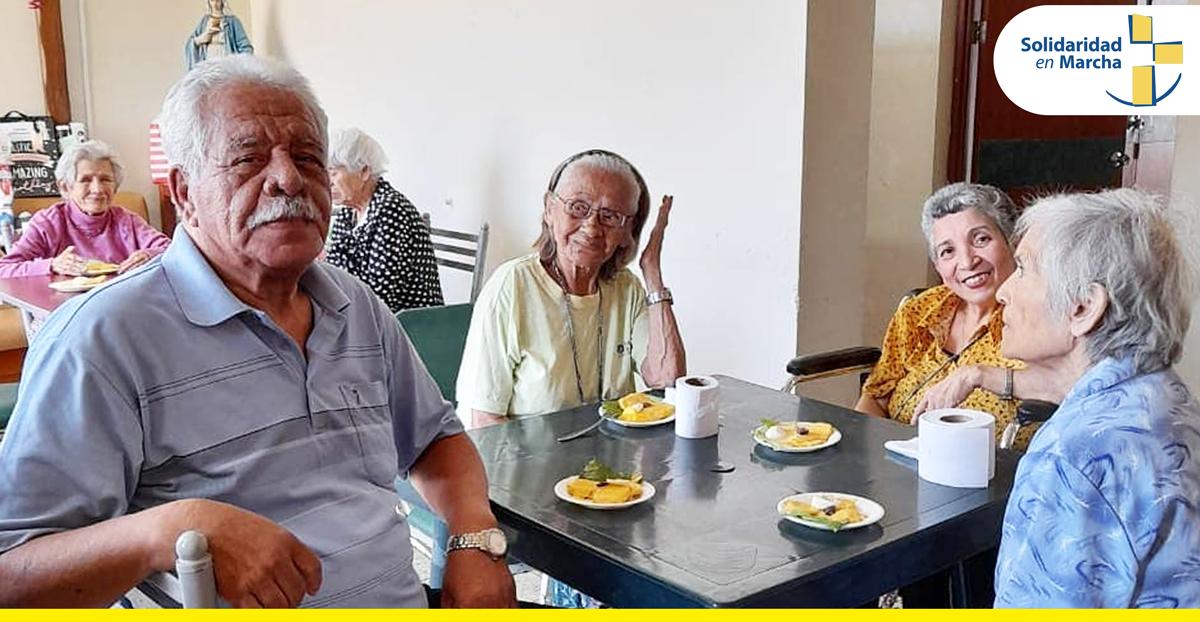 Cinco nuevos abuelitos se unen a la familia del Albergue San Lucas